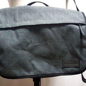 Dakine Messenger/Laptop/Book  Bag